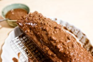 Gateau au chocolat glaçage choco-noisette