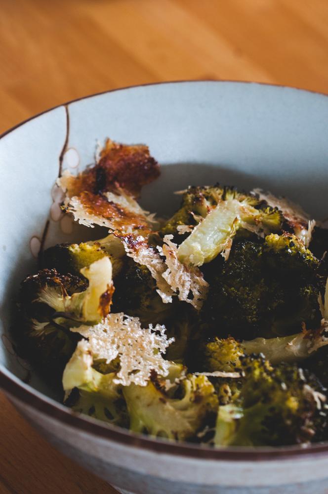 Brocolis rôtis au parmesan