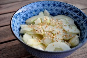 Salade de concombre japonaise