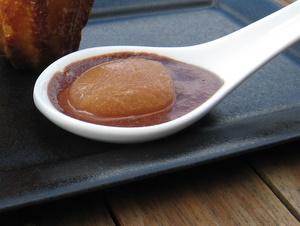 Bulle de poire et mousse au chocolat sans jaune for Spherification cuisine moleculaire