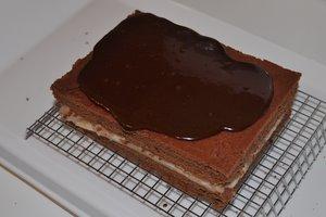 Pas assez de glaçage sur le gâteau chocolat-chataigne