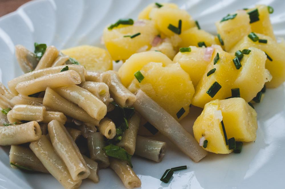 Haricots beurre et pomme de terre tiède en salade