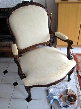 Le fauteuil prêt à être nettoyé et rénové