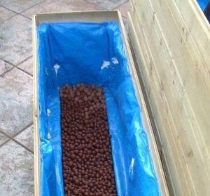 Jardinière - Mise en place des billes d'argile