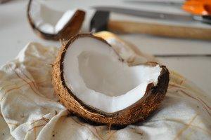 Noix de coco ouverte