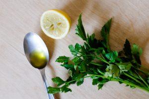 Citron, persil, huile