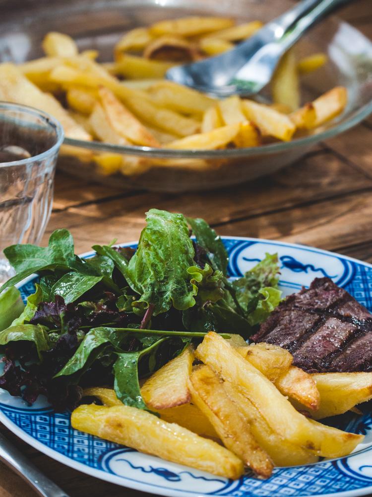 Rumsteack grillé et frites au four