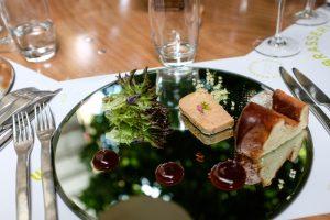 Foie gras, confiture d'églantine